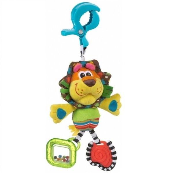 Playgro Игрушка-подвеска Львенок 0182853Львенок из мягкой, приятной на ощупь ткани, со вставками из различных по фактуре материалов, сочетает в себе множество игровых элементов, развивая навыки, необходимые малышу в повседневной жизни. Мягкий Львенок учит зрительно-моторной координации, стимулируя осязательное и сенсорное восприятие. Благодаря специальному шарику внутри головы, игрушка рычит как настоящий лев. Грива из шуршащей ткани для стимулирования слухового восприятия и яркие пластиковые колечки, которые можно грызть, помогут успокоить чешущиеся десны малыша.<br>