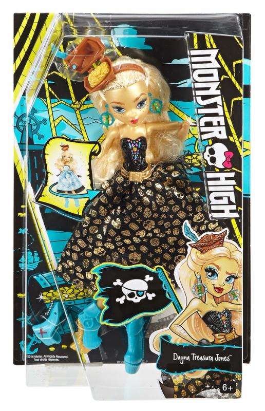 Кукла Дана Джонс из серии Пиратская авантюраКукла Дана Трежура Джонс из пиратской серии кукол Монстр Хай Shriek Wrecked от Mattel - это невероятно детально исполненная фигурка новой героини Школы Монстров. Она является дочерью капитана Дэйви Джонса.Волосы Даны Джонс пшеничного цвета, они аккуратно собраны назад, а прическа увенчана миниатюрной шапочкой с секретом - она хранит в себе золотые монетки. На ножки куклы надеты голубые ботиночки на каблуке, который скрывает в себе еще один золотой клад. Дана целиком оправдывает свое второе имя - Трежура - она в прямом смысле драгоценная, от макушки до кончиков пальцев. Ее кожа также имеет ярко-золотистый оттенок, подчеркивающий голубизну ее глаз. На руках Даны надеты черные перчатки. Она носит шикарные украшения: золотую цепочку с компасом на шее и серьги с кольцом.Ее платье может превращаться из небесно-голубого, раскрашенного в морской тематике, в золотисто-черное, более длинное и подходящее для принцессы. Кукла имеет подвижные конечности, потому она может принять абсолютно любое положение. <br>