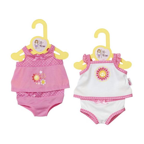 Одежда для кукол Беби бон - Нижнее бельеZapf Creation предлагает девочкам дополнить гардероб любимых кукол комплектом милого нижнего белья Беби Бон. Набор состоит из майки и трусиков на миниатюрной вешалке, которую можно легко поместить в игрушечный шкаф. Размер одежды предназначен для кукол Baby Born 43 см, а также Baby Annabell 43 см. Нижнее белье для кукол сшито из качественного и приятного на ощупь материала. Одежда имеет милый внешний вид и декорирована красивыми принтами, бантиками и оборочками.Внимание! Товар представлен в ассортименте. Цена указана за 1 комплект одежды. Желаемый цвет (белый/розовый) указывайте в комментарии к заказу.<br>