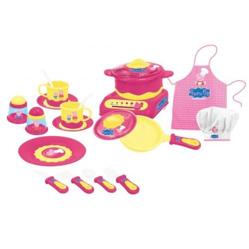 Набор посуды Peppa Pig - Пеппа-повар, 20 предметовДанный набор посуды, состоящий из 18 предметов, изготовлен из высококачественной пластмассы. Также в комплекте есть клетчатый фартук и белый колпак, надев которые, ребенок сможет представить себя поваром. С детской посудой, на которой изображены герои мультфильма Свинка Пеппа, можно играть в разные сюжетно-ролевые игры. Для того чтобы посуда не была пустой, можно приобрести наборы с игрушечной едой.Возраст: от 3 летГерой: Свинка Пеппа / Peppa PigДля девочекЦвет: розовый, желтый, белый.Материалы: пластик, текстиль.Размер упаковки: 70 х 36 х 6 см.Комплектация: 2 чашки, 2 блюдца, тарелка, сковорода с крышкой, кастрюля с крышкой, плита, солонка, перечница, 2 чайные ложки, лопатка, вилка, нож, столовая ложка, фартук, колпак.<br>
