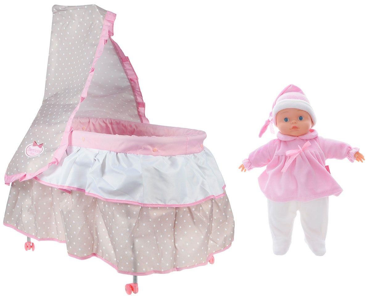 Bambolina Игровой набор с куклой. КроватьИгровой набор с куклой Bambolina Кровать непременно понравится любой девочке и сделает игры в дочки-матери намного интереснее. Кукла-пупс имеет мягконабивное тело. Она одета в милый плюшевый костюмчик, а на голове у нее - забавный ночной колпачок. Кроватка на жестком металлическом каркасе имеет съемную текстильную обивку. Колесики позволят девочке без труда катать кроватку по любой гладкой поверхности, убаюкивая куколку. Кроватка дополнена балдахином, а также мягким одеялком и подушкой для куколки.br&gt; Такая кроватка лучше всего подойдет для кукол высотой 36 см.В набор также входят дополнительные аксессуары для ухода за малышом - пустышка, поильник, тарелочка, ложка и вилка, оформленные цветочными дизайнами.Игры с таким набором научат девочку внимательности и заботе, а также помогут развить фантазию.<br>