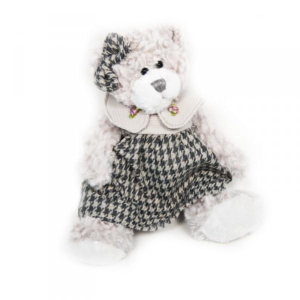Мишка Maxitoys Белла в ПлатьеМягкая игрушка Maxitoys «Мишка Белла в Платье» станет прекрасным подарком для каждого малыша! Белла одета в симпатичное платьице, а на голове у нее красуется бантик, подходящий к наряду по цвету.Мягкая игрушка способствует развитию воображения и тактильной чувствительности у детей.Игрушка изготовлена из безопасных высококачественных синтетических материалов, которые абсолютно безвредны для ребенка.Размер изделия: 20 см.<br>