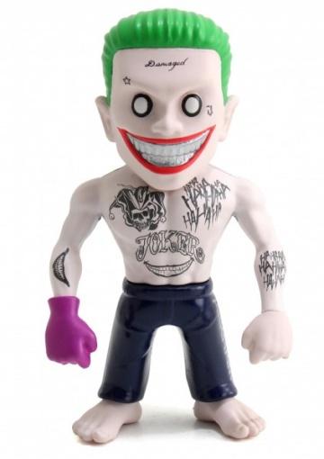 Фигурка металлическая Joker 10 смМеталлическая фигурка Joker – это отличный подарок для юных поклонников комиксов и фильмов про супергероев. Представленная модель отличается высоким качеством проработки и отменной детализацией. Благодаря этому ваш ребенок сможет проявлять фантазию и воображение во время сюжетно-ролевых игр с участием любимых героев. Фигурка превосходно детализирована, что делает ее пригодной не только для непосредственных игр, но и для коллекционирования.МатериалыФигурка Joker изготавливается из прочного и надежного металла, который защищает изделие от падений и случайных повреждений. Благодаря тому, что материал экологически безопасен, игрушка не вызывает аллергических реакций и не раздражает поверхность кожи.Как купить?Чтобы заказать металлическую фигурку Joker, обращайтесь в наши магазины или сделайте заказ через сайт. Благодаря быстрой доставке время ожидания не будет слишком долгим. Оплатить можно наличным и безналичным расчетом – для Москвы и Санкт-Петербурга, а также при помощи наложенного платежа – жителям остальных регионов страны.<br>