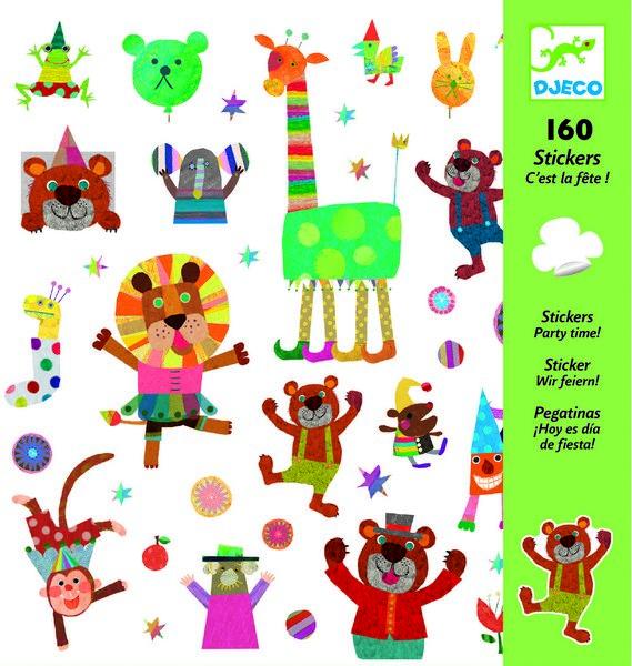 Наклейки ПраздникНабор наклеек с забавными животными и персонажами украсит любые поверхности детской комнаты. Наклеивайте их вместе с малышом на столы, стены, технику и другие предметы, создавайте целые истории и придумывайте увлекательные приключения. Все изображения созданы современными французскими художниками. Набор в яркой красочной упаковке прекрасно подойдет для подарка.В наборе: 4 листа – 160 наклеек.<br>