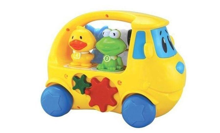 Музыкальный сортер Фургон 4 фигурки, свет, звукКрасивая и яркая машинка-сортер от Navystar надолго станет любимой игрушкой ребенка, способствуя развитию физической и умственной активности. Малыш будет с удовольствием катать в удивительном транспортном средстве четырех улыбчивых пассажиров – собачку, котика, лягушонка и утенка, которых для начала нужно рассадить по местам, используя знания о геометрических фигурах. Правильно определить места пассажиров маленькому исследователю помогут специальные кнопки: при нажатии на них раздаются реалистичные звуки животных. Наличие 16 мелодий и световые эффекты сделают игру с машинкой-сортером еще более увлекательной. Игрушка поиожет запомнить цвета, формы и звуки во время веселой игры.<br>