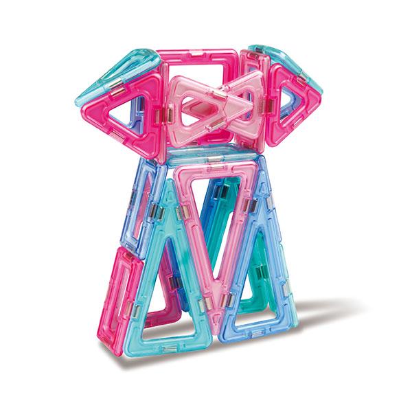 Конструктор магнитный Magformers Princess SetНабор «Magformers Принцесса» — лучший подарок для маленьких принцесс! Все детали исполнены в нежных пастельных тонах, которые так нравятся девочкам. Набор включает в себя светодиодную подсветку и  светорассеивающую пирамидку. С их помощью замок принцессы заиграет сказочными огнями, а бабочки, цветы или единорог станут поистине волшебными.<br>