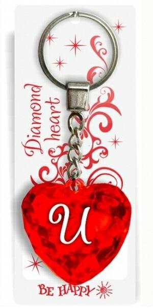 """Брелок Би-Хэппи Диамантовое сердечко И, красныйИменной брелок """"Диамантовое сердце"""" И, красныйСостав: пластик, металл.Размер сердца: 4х4х2см.Длинна цепочки — 4 см.Диаметр кольца — 2 см.<br>"""