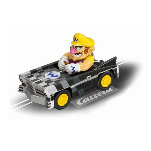 Машинка Mario KartИнтересная и необычная модель гоночной модели автомобиля для треков Carrera! За рулём машинки сидит сам Марио, а его транспортное средство Mario Kart DS Wario Brute имеет фирменные логотипы! Модель оснащена двумя щёточками, что обеспечивает надёжное сцепление с трассой. Машина подходит к наборам серии GO!!!.<br>