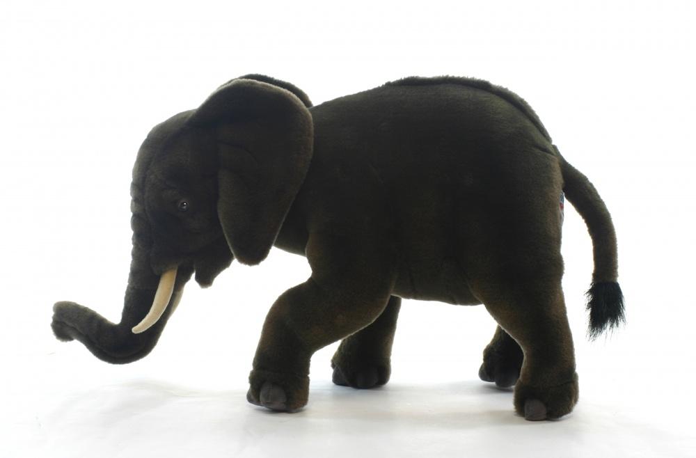 Слоненок 42смМягкая игрушка: Слоненок 42см, арт.4955. Торговая марка Hansa стала широко известной и популярной практически во всем мире и получила множество международных призов. Игрушки максимально точно копируют оригинал и могут быть выполнены в натуральную величину. Шьются и набиваются вручную, что позволяет достигнуть максимальной реалистичности образа. Изготавливаются из искусственного меха, специально обработанного для придания схожести с мехом конкретного вида животного. Снабжены проволочным каркасом. При помощи игрушек Hansa можно создавать различные интерьерные образы в детских, студиях и «живых уголках». Они так же могут быть отличным подарком и прекрасным украшением интерьера.<br>