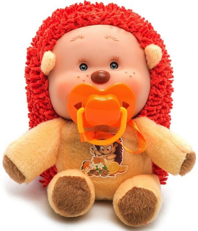 Игрушка мягконабивная Yogurtinis Ежик ЭндиМягкая игрушка Yogurtinis Лесные друзья. Ёжик Энди с нежным ароматом станет лучшим другом для вашего малыша. Она выполнена из приятного на ощупь плюша нежных цветов в виде очаровательного ежика. Тело у игрушки мягкое, а милая мордашка выполнена из безопасного пластика. Дополнительно к игрушке прилагается соска, которая легко вставляется в ротик. Поставляется игрушка в фирменной пластиковой банке. Этот симпатичный ежик принесет радость и подарит своему обладателю мгновения нежных объятий и приятных воспоминаний. Великолепное качество исполнения делают эту игрушку чудесным подарком к любому празднику, а оригинальный жизнерадостный образ представит такой подарок в самом лучшем свете.<br>