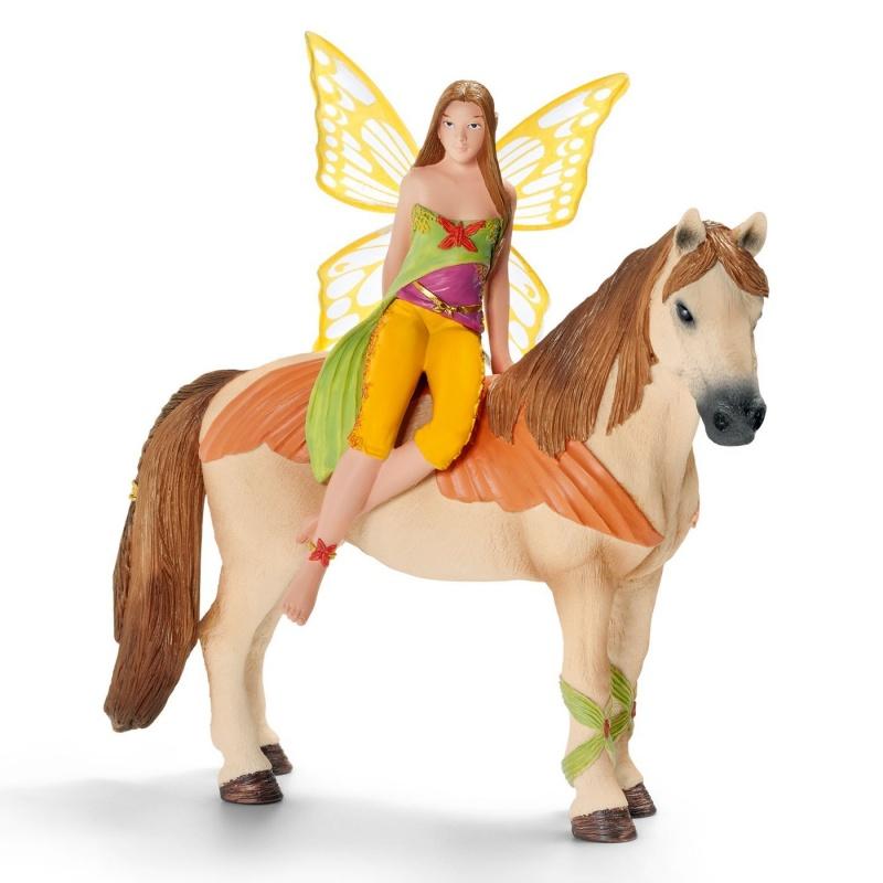 Эльф Санжела на лошади