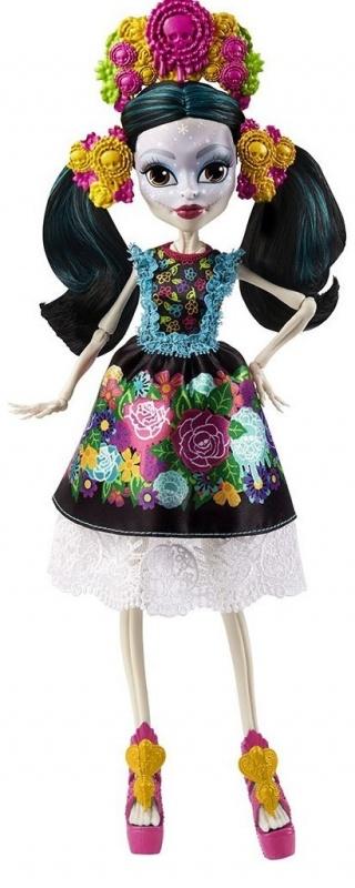 Monster High Скелита КалаверасИнтересная кукла Скелита Калаверас из серии Монстр Хай  от известного бренда Mattel станет для девочки отличным способом развлечься, а также хорошей верной подружкой, с которой она никогда не расстанется.На лице известной героине имеются интересные узоры. Как сама утверждает Скелита, она сама создает их на своем лице. Особое внимание она уделят своим губам и глазам. Также она имеет длинные черные волосы. Сделана она из качественного пластика, поэтому сможет прослужить своей владелице достаточно долгий срок. Имеет приятную расцветку, а также весьма интересный и необычный дизайн.Сама героиня родилась в семье скелетов в далекой Мексике. Она всегда старается поддерживать связь с ними, так как очень гордится ими. В своих нарядах она старается сочетать черты современности и ее мексиканского прошлого. Все знают, да и сама Скелита не отрицает, что она помешана на вечеринках и любит шумные и веселые тусовки. Она довольно часто чувствует, что скоро произойдет нечто грандиозное, но не может точно сказать когда.<br>