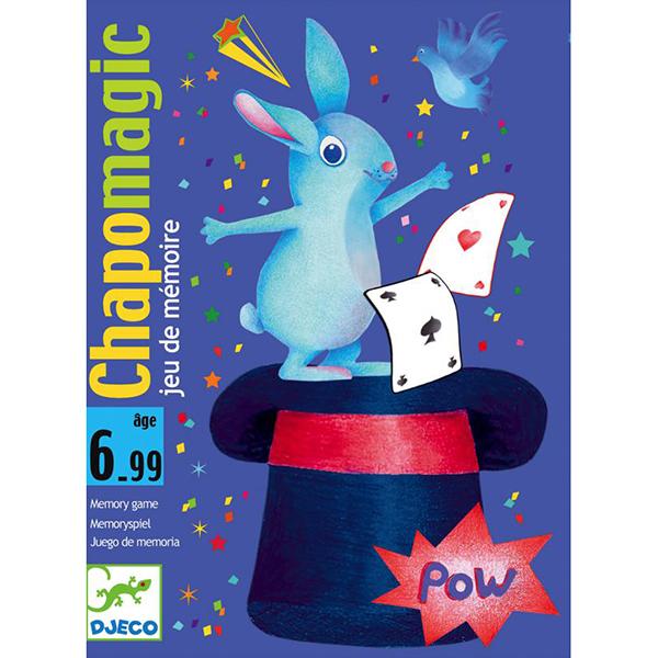 Карточная игра Шляпа волшебникаДетская карточная игра Шляпа волшебника от французского производителя Djeco - увлекательная игры для детей и взрослых на скорость и сообразительность.Правила игры Шляпа волшебника:Целью игры является запомнить карточки.Игрокам раздаётся по 3 карточки, которые они просматривают и кладут лицевой стороной вниз. Затем каждый игрок по очереди должен назвать цвет карточки, лежащей сверху. Если цвет назван правильно, игрок имеет право забрать карточку себе. Если же нет, то он кладет ее в общую колоду. Запас карт у игроков постоянно пополняется - они берутся из общей колоды и кладутся в низ стопки.На некоторых картах содержится изображение шляпы волшебника: если игроку попадается такая карта, то все участники должны стукнуть ладонью по центру стола. Тот, кто сделал это последним, в качестве штрафа отдает одну из выигранных карточек. То же происходит, если кто-то ударил ладонью по столу по ошибке (на карте не было изображения шляпы волшебника). Также, для усложнения игры, на картах изображены различные значки: увидев их, участники должны совершить определенные действия, например, взять еще одну карточку из общей колоды, поменяться своими карточками с игроком слева и так далее.Игра заканчивается, когда заканчиваются карточки в общей колоде. Победителем считается набравший больше всего карточек.Изображения на карточках очень красочные и необычные. Малышам обязательно понравится не только играть с ними, но и рассматривать красивые картинки.Игра продается в красочной яркой коробке, в которой можно хранить карточки. Игру удобно брать с собой в поездку или в гости.Игра Шляпа волшебника прекрасно развивает быстроту реакции и наблюдательность ребенка, она станет прекрасным развлечением во время семейных вечером, а также подойдет для любого детского праздника.Количество игроков: 2-4 человека.Рекомендована для детей от 6 лет.Ориентировочное время игры: 15-30 минут.Количество карточек: 40.Купить карточную игру Шляпа волшебника Djeco в нашем интернет магаз