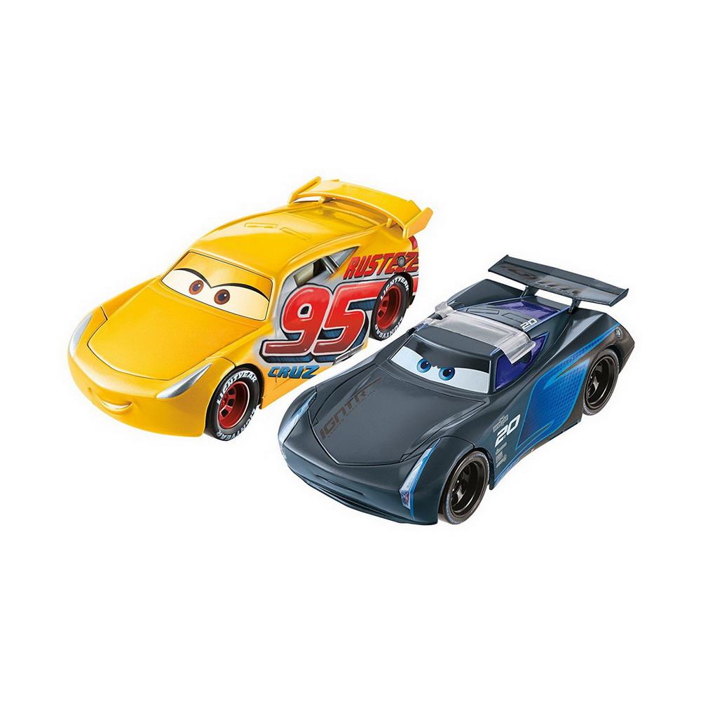 Ассортимент машинок - перевёртышейМашинки-перевертыши от американского бренда Mattel приведут в восторг маленьких поклонников известного мультфильма Тачки 3. Машинки Крус Рамирес и Джексон Шторм визуально очень похожи на своих мультипликационных прототипов. Такие гоночные автомобили могут развивать высокую скорость и выполнять невероятные трюки. С помощью специального крепления машинки можно присоединять друг к другу - таким образом одна машинка будет поднимать другую над собой в различных положениях: боком или крышей вниз.С этими суперкарами можно организовывать увлекательные заезды и устраивать зрелищные автошоу.<br>