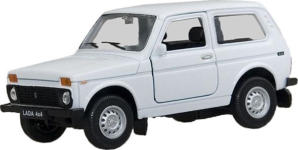 Модель машины LADA 4x4, 1:34-39Lada 4x4 — это бывшая всем известная в народе Нива, российский внедорожник высокой проходимости. Теперь у вас есть возможность пополнить свою коллекцию его точной копией, выполненной в масштабе 1:34-39. Модель сделана из прочного и качественного металла и пластика. Автомобиль снабжен инерционным механизмом, который позволяет ему самостоятельно преодолевать расстояния — для этого нужно всего лишь откатить машинку немного назад. Двери машинки открываются.Внимание! Цвет машинки варьируется без возможности выбора.<br>