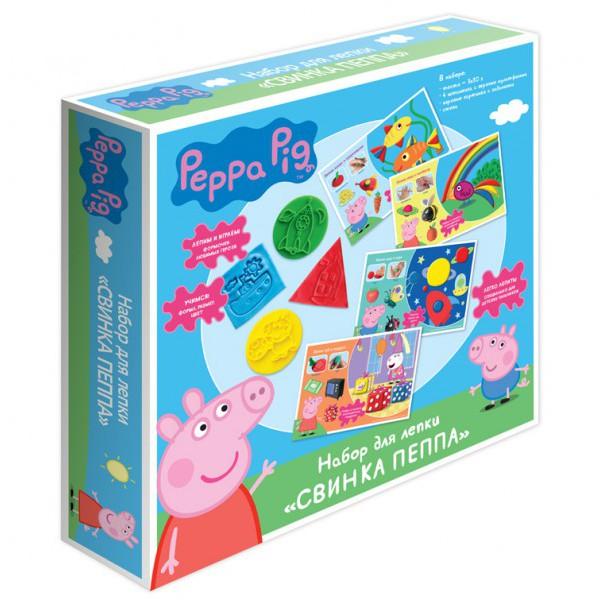 Набор для лепки Peppa Pig тесто Peppa PigНабор  для лепки содержит тесто и штампы с героями мультфильмов о свинке по  имени Пеппа и картинки с заданиями, с помощью которых дети смогут  научиться вылепливать различные геометрические формы.Красочная и подробная инструкция с полезными советами на упаковке поможет ребёнку в творческом процессе.Тесто для лепки имеет очень яркий цвет (3 цвета) и хорошие эластичные свойства.Тесто приятно для тактильных ощущений ребёнка, не липнет к рукам и не пачкает поверхности.Готовое изделие застывает на воздухе в течение нескольких часов.Занятия для пальчиков положительно сказываются на развитии моторики ребёнка.Элементы набора помогут ребёнку познакомиться с формой, цветом и размером предмета.Процесс лепки раскрывает творческие способности ребёнка, позволяет ему  раскрепоститься и проявить свою индивидуальность и фантазию.С помощью фигурок ребёнок сможет придумать новые сюжеты для игр.Все аксессуары имеют яркие насыщенные цвета, которые не выгорают на солнце и не стираются.Аксессуары выполнены из качественного пластика, безопасного для ребёнка.Изделие имеет требуемую сертификацию для детских товаров. Тесто не пригодно для еды!Комплект: 3 ярких цвета теста для лепки в баночках по 30 г и 7 предметов: 4  штампика с героями мультфильмов, 2 двусторонние картинки с заданиями,  стека.<br>