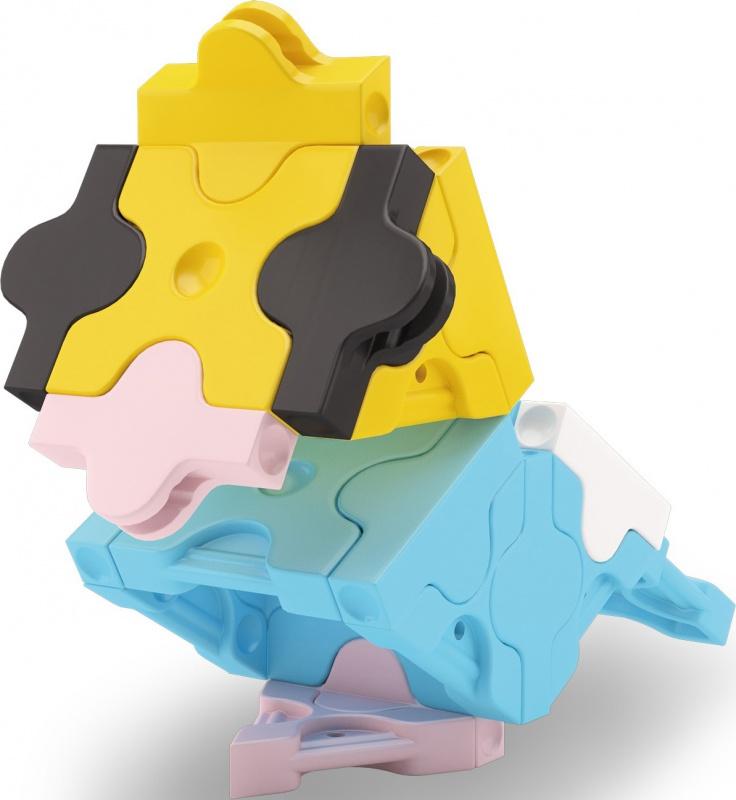 Конструктор Laq ParakeetКонструктор LaQ Petite Parakeet Попугай (28 деталей). Эти детали помогут Вам собирать движущиеся модели: машины, самолёты, мотоциклы и т.д. Детали всех конструкторов LaQ совместимы между собой, то есть разные наборы великолепно дополняют друг друга и значительно расширяют количество моделей, которые можно собрать.<br>