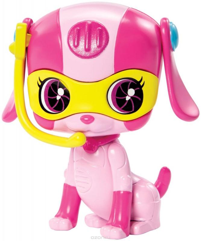 Barbie Питомцы секретных агентов в ассортиментеЭти игрушки от Mattel созданы по мотивам нового мультфильма о приключениях самой популярной куклы в мире – «Барби и команда шпионов». В нем Барби и ее подружки, Тереза и Рене, а также компьютерный гений Лазло спасают мир. А помогают им в этом роботизированные питомцы. Именно эти очаровательные зверюшки вышли в новой серии от Mattel.В ассортименте вы найдете фигурки кролика, совы, щенка и котенка. Соберите всех персонажей для забавной игры!<br>