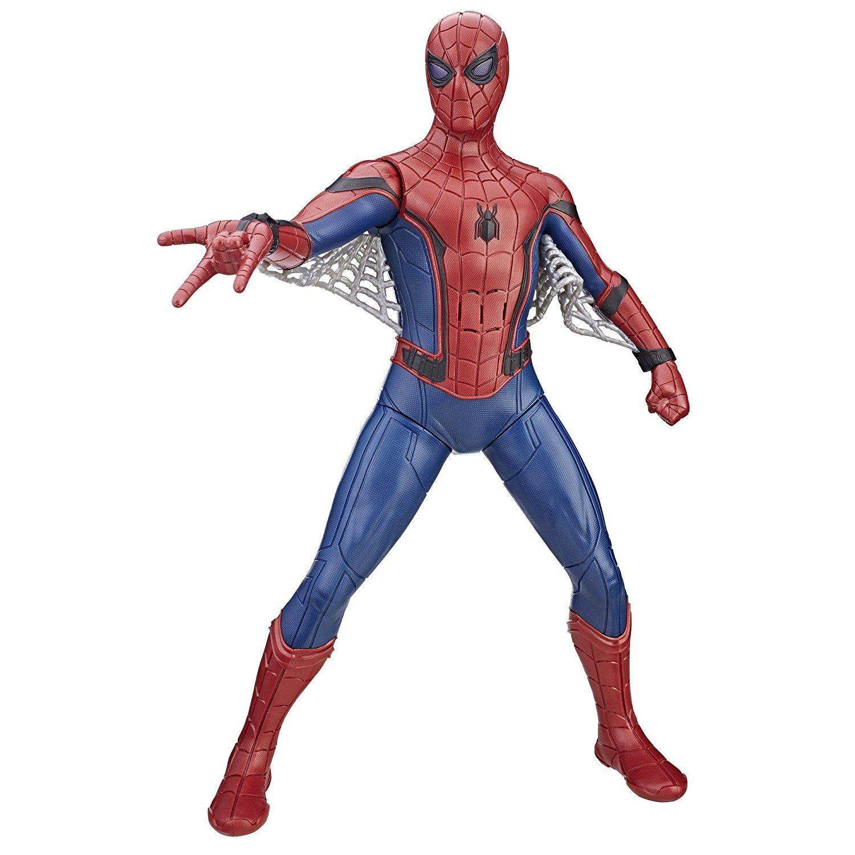 Фигурка Человек-паук: Возвращение домой (свет, звук), 38 смИнтерактивная фигурка Человек-паук: Возвращение домой со световыми и звуковыми эффектами высотой 38 см от Hasbro - это громкая и яркая новинка, созданная по мотивам кинофильма Spider-Man: Homecoming!Многие уже наверняка слышали об этой кинокартине, но основные моменты будет не лишним осветить еще раз. По сути своей - это перезапуск франшизы о Паучке и надежный способ прописать Питера Паркера в кинематографической вселенной Марвел, где он должен будет сыграть не последнюю роль в Войне бесконечности. Сама же картина Возвращение домой повествует нам о встрече Человека-паука с его первым серьезным соперником - Стервятником, обладателем специального костюма и смертоносных острых крыльев, позволяющих ему летать и способных наносить серьезный ущерб.Теперь же пора перейти непосредственно к нашей большой интерактивной фигурке Человек-паук: Возвращение домой и описанию наиболее интересных характеристик. Главная ее особенность - это, конечно, произношение голосом из оригинальной кинокартины 2017 года разнообразных фраз на английском языке, которых насчитывается более 40 штук. Круто, не правда ли?! А что вы скажете о стильной функции подсветки глаз? Включить ее можно во время игры, а затем наслаждаться по-настоящему эффектной фишкой, пока супергерой в ваших руках будет выбивать дурь из злодеев!Но, пожалуй, одна из самых удивительных способностей данной фигурки - две модели поведения во время игры, активируемые разными способами! Подняв руку героя, вы приведете Паука в режим полета, но если опустите ту же руку вниз, персонаж станет воинственным. Определяться оба образа поведения будут произносимыми в процессе фразами, но главное - это то, что Человек-паук будет по-разному реагировать на происходящие с ним события, в зависимости от того, каким образом держать его в руках. Вниз головой? Пожалуйте, вот вам одна фразочка. Поставили Паучка в другую позу? Держите новое меткое высказывание! Конечно же, нельзя не упомянуть, что 