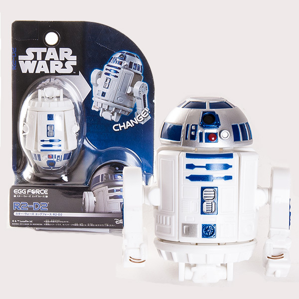 Яйцо-трансформер R2-D2в нашем интернет-магазине уже в октябре 2015 года.Игрушка представляет собой фигурку-трансформер Астромеханического Дроида (робота) R2-D2, одного из самых популярных персонажей эпопеи «Звёздные Войны», являющегося со времени выхода первого фильма саги в далёком 1977 году, как-бы её символом. Вместе со своим приятелем Протокольным Дроидом C-3PO они образуют классическую комическую пару и участвуют во всех эпизодах «Звёздных Войн». Модель-трансформер имеет вращающийся купол-«голову» и подвижные опоры-«руки». Фигурка Дроида R2-D2 выполнена из качественного пластика белого цвета с характерными эффектными синими элементами и имеет высоту около 10 см. Вся продукция фирмы Bandai лицензирована фирмами правообладателями, что гарантирует её высокое качество и аутентичность.<br>
