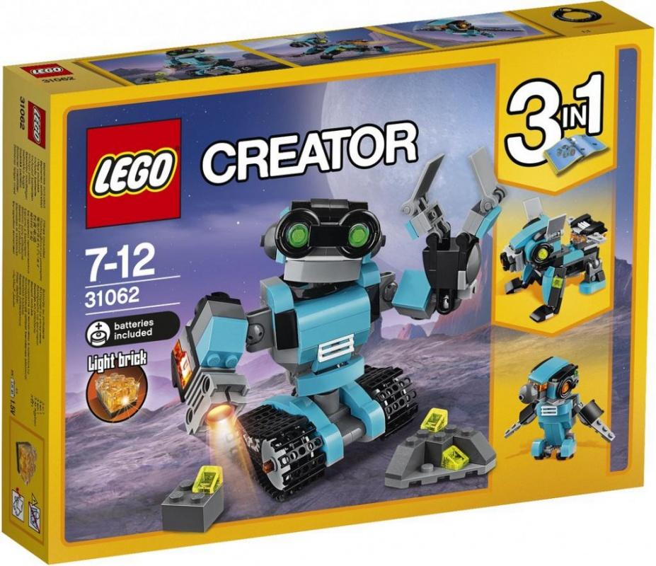 Конструктор Lego Creator Робот-исследовательЗнакомься с дружелюбным Роботом-исследователем. У него большая голова и большие зелёные глаза. Робот выполнен в красивой светло-голубой, чёрной и серой гамме. Ты можешь менять положение его рук, поворачивать голову и тело, и передвигать его при помощи колёс. В его правой руке установлен специальный прожектор, а второй рукой он может хватать и переносить предметы! Модель трансформируется в Собаку-робота со светящимся реактивным ранцем или Птицу-робота со светящимися глазами!Информация о набореАртикул: 31062Производитель: LEGOКол-во деталей: 205Фигурок: 0Год выпуска: 2017<br>