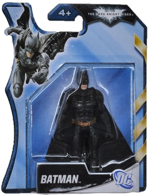 Фигурка Mattel Бэтман 10 смФигурка супергероя выполнена очень реалистично, детально проработаны особенности внешнего вида персонажа, его оружие.<br>