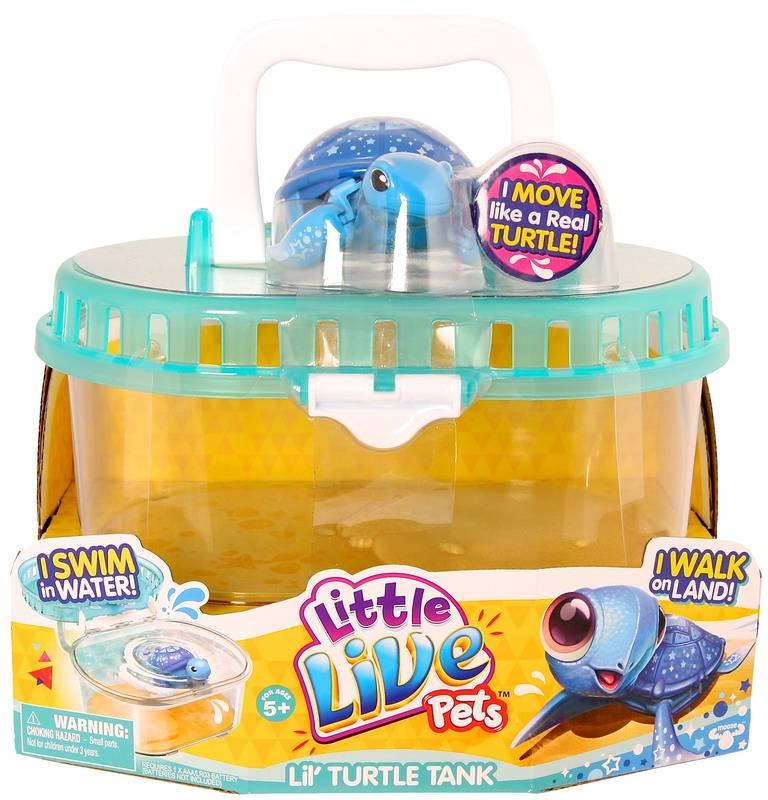 Черепашка в аквариуме. S2 Moose Llp+WpИнтерактивная черепашка в аквариуме, Little Live Pets, Moose - оригинальная необычная игрушка, которая вызовет восторг у ребенка.Интерактивная черепашка от Moose отлично ползает по суше, а еще лучше плавает в воде. Ребенок спокойно сможет играть с ней во время купания. При движении черепашка забавно передвигает лапками ластовидной формы и шевелит головой словно настоящая. У черепашки голубые лапки, брюшко и голова. Синий панцирь черепашки украшен разнообразными звездочками. В комплекте с черепашкой идет специальная коробка с ручкой. Ее можно использовать для переноски питомца или же, как аквариум. Дно коробки имитирует берег и песчаное дно. Коробка не пропускает воду, поэтому ребенок без проблем сможет использовать аквариум для купания своего питомца. Игрушка выполнена из материала абсолютно безопасного для детского здоровья.<br>