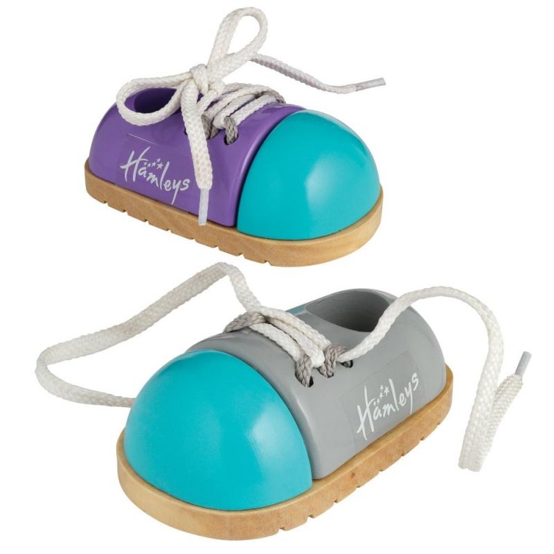 Игрушка деревянная Hamleys Детская площадка Завяжи шнурки на ботинках