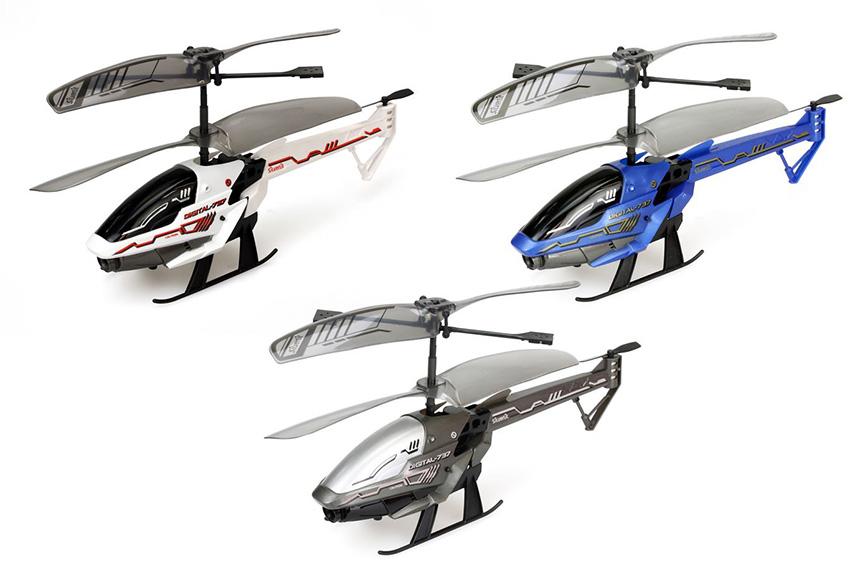 Вертолет Spy Cam 3 на ик-управлении, с камерой (на аккумуляторе)Замечательный вертолет на Ик-управлении Spy Cam 3 от бренда Silverlit прекрасно подойдет для детских шпионских игр, ведь игрушка способна вести видеонаблюдение. В вертолете имеется камера, которая активируется с помощью удобного пульта. Совершая управление вертолетом, ребенок может поворачивать игрушку в разные стороны, снимая на камеру разные события. Благодаря USB-шнуру (нет в комплекте) появится возможность переместить данные со встроенной в вертолет карты памяти на компьютер.Дистанционно управляемая игрушка имеет двойные лопасти, которые помогают ей быстро набрать предельную высоту. Камера позволяет делать до восьмисот фотографий и пяти минут видеосъемки. А вставив в специальный слот карту памяти microSD (нет в комплекте), можно снимать более долгие по времени видео-фрагменты и создавать больше снимков.Внимание! Товар представлен в цветовом ассортименте: белый / синий / серебристый. Цена указана за 1 вертолет. Желаемый цвет указывайте в комментарии к заказу.от 10 летДля мальчиковЦвет: белый / синий / серебристый.Комплектация: 1 вертолет, пульт управления.Материалы: пластик, металл.Размер игрушки: 40.6 х 8.9 х 30.5 см.Размер вертолета: 31 x 9 x 33 см.Вес игрушки: 621 гр.Типы передачи данных, зарядка: USB.Тип питания вертолета: Встроенный литий-полимерный аккумулятор.Наличие питания у вертолета: входит в Комплектация.Тип питания пульта управления: 4 х АА / LR6 1.5V (пальчиковые).Наличие батареек у пульта управления: не входит в Комплектация.Память: Micro SD 256 мб.<br>