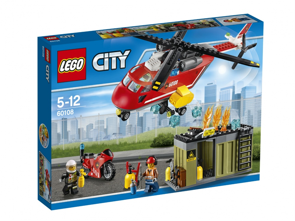 Конструктор Lego City Пожарная команда быстрого реагированияНа одном из заводов LEGO City случилась беда: на отдаленной территории загорелся один из цехов. Жители города не пострадают, но в здании остался один рабочий, который не успел выбраться через аварийный выход: его завалили горящие балки...Его может спасти только пожарная команда быстрого реагирования: бригада смельчаков, которые как молнии срываются с места, услышав об опасности. Они спасают людей и животных в самых кошмарных пожарах.В бригаду входят двое героев, их вертолет, который может приземлиться где угодно, и мотоцикл, который быстро доставит спасателей прямо к месту пожара. Вертолет перевозит с собой внушительный запас воды, чтобы ее точно хватило для тушения очага. Но перед тем как устранять огонь, надо спасти несчастного рабочего, застрявшего в здании, которое вот-вот рухнет... Миссия в твоих руках.<br>