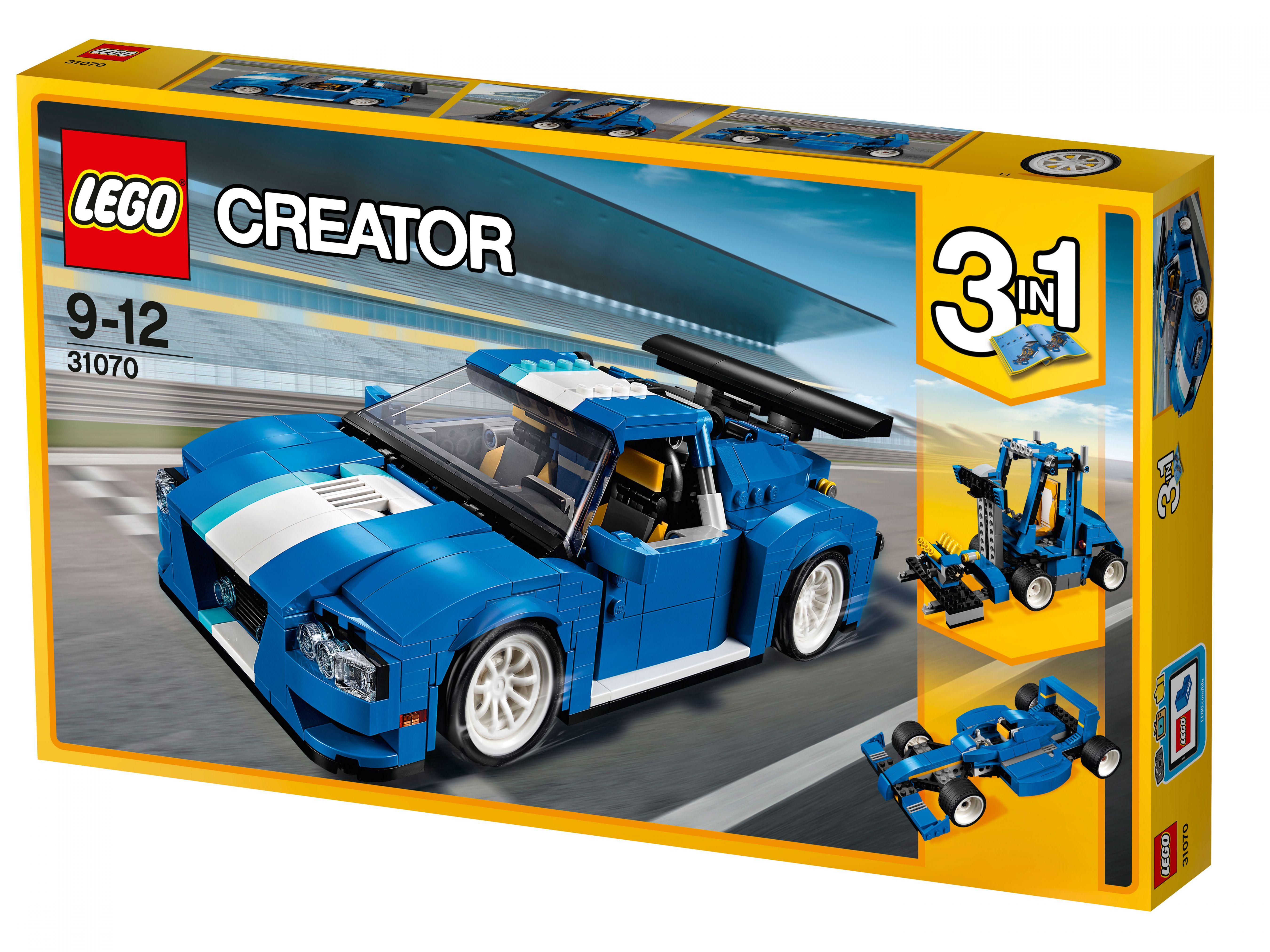 31070 Lego Creator Гоночный автомобильСкоростная машина для гонок — совсем как настоящая! Если вы не можете отказаться от такого предложения, новый Лего Гоночный автомобиль станет воплощением вашей мечты. Чтобы сходство со спортивным авто было полным, разработчики создали конструкцию из 660 деталей. Разберитесь с кубиками и приглашайте в гости друзей, чтобы устроить настоящие гонки прямо посреди своей квартиры. Интересно, кто придет к финишу первым? Борьба обещает быть непростой, но места для сомнений нет. И навороченный салон, и техническое оснащение, и современный двигатель позволят вам смело рассчитывать на победу. Мотор хромирован и имеет подвижные детали, задние огни защитят от столкновения, а рычаг тормоза с коробкой передач порадуют безотказной работой. А если вы проявите смекалку, то сможете из тех же кубиков сложить компактный погрузчик или скоростной синий болид.<br>