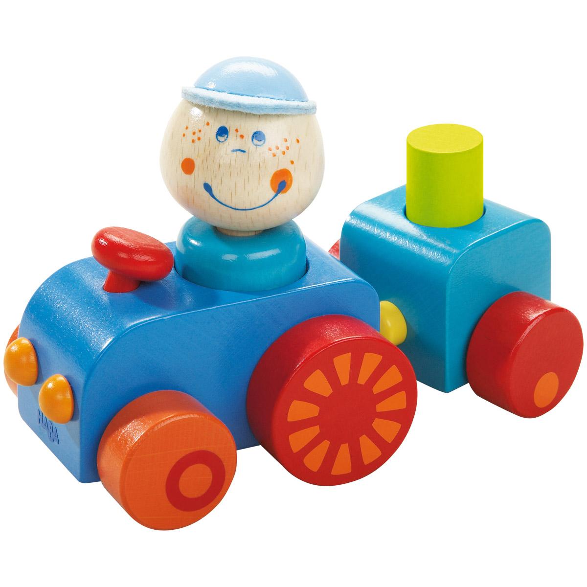 Тракторист из Хабовки HABAНикто не помнит его имени. Просто есть такой парень. И есть у него трактор. Только знают, что он родом из Хабовки. И не откажет он никому. Так куда выгружать, хозяйка?Водителя и груз можно вытащить. Прицеп к трактору крепится магнитом.<br>