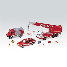 Набор машин Пожарная служба 10 шт.Welly 99610-10B Велли Игровой набор машин Пожарная служба 10 шт.Размер машин 8-28 см.<br>