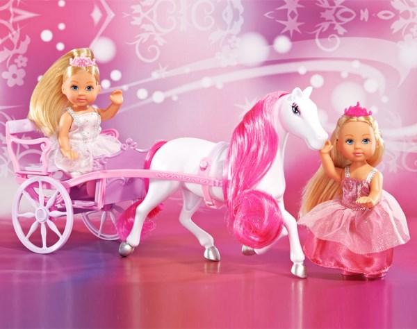 Игровой набор с куклами Еви Романтический кортеж с лошадью и