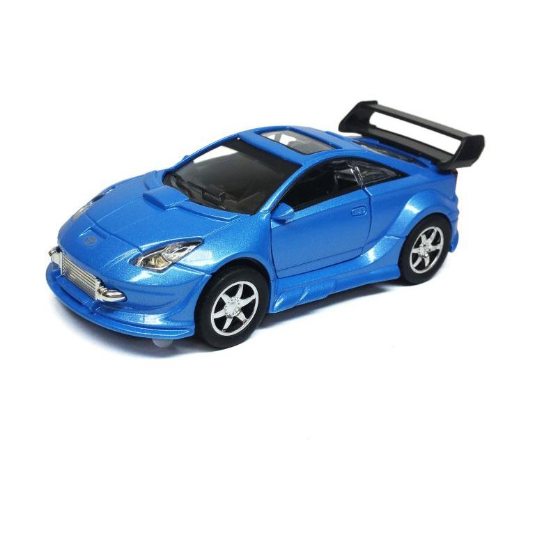 Тойота(масштаб 1 32)Игрушечная коллекционная моделька METAL CAR (TOYOTA) - это точная копия настоящего элитного автомобиля в масштабе 1:32, которая порадует не только ребенка, но и украсит коллекцию машинок истинного ценителя.Если вы собираете коллекционные модели, то вам непременно нужно ознакомиться с этим великолепным экземпляром. Машина полностью повторяет настоящее авто по пропорциям, дизайну. Проработаны все мельчайшие подробности машинки. Открываются двери, детализировано внутреннее устройство авто.Такая модель понравится не только ребенку, но и взрослому коллекционеру, и приятно удивит вас высочайшим качеством исполнения.Во время игры с такой машинкой у ребенка развивается мелкая моторика рук, воображение и фантазия.<br>