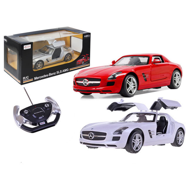 Машина р/у Mercedes-Benz SLS AMG (на бат., свет, звук), 1:14Шикарный Мерседес-Бенз с поднимающимися наверх дверьми. Вы будете с удовольствием управлять этим красавчиком. Mercedes-Benz, выполненный в масштабе 1:14 оснащен передним и задним светом. Функции: движение вперед, назад, повороты. Игра с радиоуправляемой машиной развивает технические навыки, чувство прекрасного и воображение.Радиоуправляемые игрушки порадуют и детей и взрослых! Позвольте себе приобрести Mercedes-Benz!Внимание! Товар представлен в ассортименте. Интересующий цвет (красный / серебристый / белый) уточняйте в комментарии к заказу.от 8 летСерия: MercedesДля мальчиковЦвет: красный / серебристый / белый.Наличие батареек: не входят в комплект.Тип батареек: 5 x AA / LR6 1.5V, 1 x 9V типа Крона.Материалы: пластик, элементы металла.Размер упаковки: 33.1 x 14.8 x 9.3 см.<br>