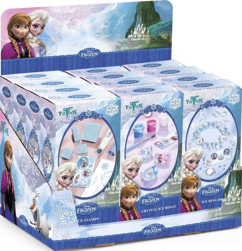 Набор для творчества Totum Frozen mini ice ring braceletДополнить образ красавицы из известной сказки юной умелице поможет набор для детского творчества ICE RING BRACELETГотовое украшение любая принцесса будет носить с гордостью и удовольствием, а всем вокруг останется лишь восхищаться ее талантами!В комплект входит: 15 металлических колечек, набор наклеек Frozen, 32 цветные бусины, 2 фигурки, пошаговая инструкция.<br>