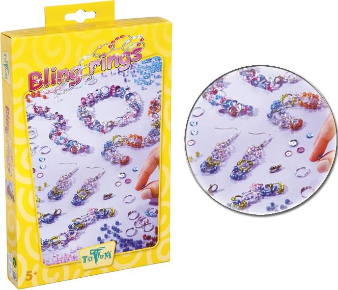 Набор для творчества Totum Блестящие колечки Bling ringsВ наборе: 70 колечек, 2 крючка-сережки, застежки, цветные бусины, блестки, стеклянный бисер, инструкция.<br>