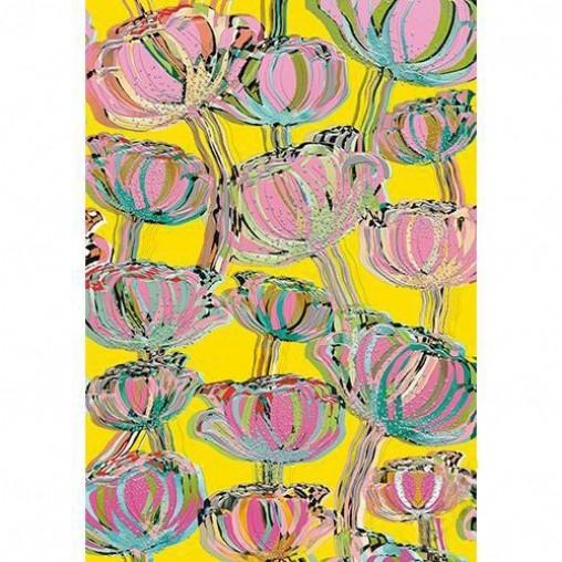TURNOWSKY Блокнот МакиЯркий и стильный блокнот в мягкой обложке Маки от производителя Turnowsky позволит Вашим идеям и планам всегда оставаться под рукой.Превосходные дизайнерские блокноты от всемирно-известного бренда Turnowsky станут замечательным подарком для каждого! Стильные и необычные блокноты помогут вам воплотить в жизнь самые лучшие ваши идеи, а также не пропустить важные события.На жёлтом фоне блокнота изображены бутоны маков необычной формы и расцветок. Блокнот Маки замечательно подойдет в качестве подарка близкому человеку, коллеге или подруге. Удобный размер блокнота позволяет всегда брать его с собой, он не займет много места в сумке или рюкзаке.Блокнот содержит 32 страницы (16 разворотов).Внутренняя часть блокнота разлинована.Отдельные детали блокнота украшены золотистым тиснением.<br>