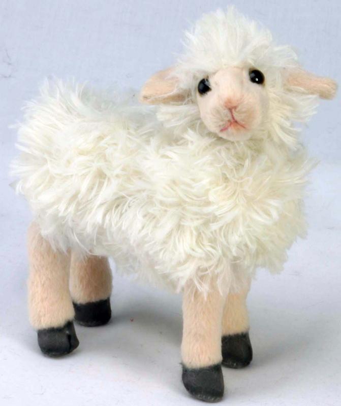 Овца, 17смТорговая марка Hansa стала широко известной и популярной практически во всем мире и получила множество международных призов. Игрушки максимально точно копируют оригинал и могут быть выполнены в натуральную величину. Шьются и набиваются вручную, что позволяет достигнуть максимальной реалистичности образа. Изготавливаются из искусственного меха, специально обработанного для придания схожести с мехом конкретного вида животного. Снабжены проволочным каркасом. Крупногабаритные игрушки (от 1м.) выдерживают вес до 70кг. При помощи игрушек Hansa можно создавать различные интерьерные образы в детских, студиях и «живых уголках».<br>
