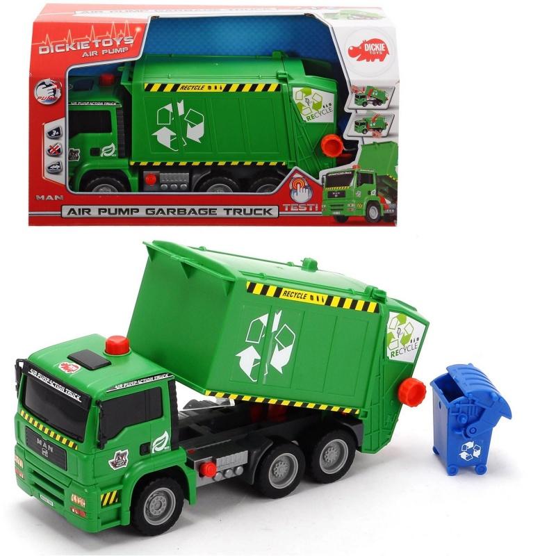 Мусоровоз MAN с контейнером, AirpumpДанная игрушечная модель автомашины представлена в виде мусоровоза, с которым можно будет придумать множество интересных сюжетов и историй. В комплекте с машинкой идет также аксессуар, выглядящий, как мусорный бак. Он также займет в сюжете свое место. Стоит упомянуть и о цвете кузова грузовика, представленного насыщенным зеленым цветом. Но главной особенностью машинки является пневматическая система AirPump, с помощью которой легко опускать и поднимать кузов.Возраст: от 3 летДля мальчиковМодель: MAN.Цвет: зеленый, желтый, красный, черный.Комплектация: мусоровоз, аксессуар.Материалы: пластик.Размер упаковки: 35 х 20 х 13 см.Размер мусоровоза: 31 см.<br>