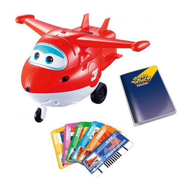 Интерактивная игрушка Super Wings Джетт (со световыми и звуковыми эффектами)Интерактивный самолетик Джетт из серии Super Wings станет достойным членом команды самолетов из популярного мультфильма. Джетт - очень милый яркий самолетик, с которым очень весело играть. А еще он сможет научить ребенка словам на иностранном языке, ведь в комплект входят специальные карточки, которые переводят слова и фразы, произнесенные самолетиком, на несколько языков мира.Для активации нужно всего лишь провести карточку сквозь щель на спине Джетта. Малыш сможет потренировать свое произношение и память. А еще на самолетике загораются яркие огоньки, что делает игру и обучение более интересными.Возраст: от 3 летДля мальчиков и девочекЦвет: красно-белый.Комплектация: 1 самолет, 6 карточек.Тип батареек: 3 x AAA / LR0.3 1.5V (мизинчиковые).Материалы: пластик.Размер упаковки: 29 х 15.3 х 16.5 см.<br>
