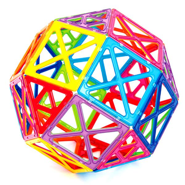 Магнитный конструктор Super Magformers 30Набор «Super Magformers 30» оправдывает своё название. Он состоит из супер квадратов и супер треугольников. Все привычные постройки станут намного больше! Набор состоит из 30 деталей: 12 супертреугольников и 18 суперквадратов. В один большой квадрат помещаются 4 обычных, а в один большой треугольник 4 обычных треугольника. Только представьте, что все стандартные постройки Вашего малыша увеличатся в размере в четыре раза! Без сомнения, набор понравится любому ребенку, ведь так интересно построить башню, которая будет ростом с него, или огромный шар. Ну, и ещё очень важная вещь - без этих громадных фигур Вашему ребенку не построить заветную Эйфелеву башню. Набор станет прекрасным подарком любому ребёнку. Все детали в конструкторах Magformers совместимы, независимо от размера, что позволяет делать интересные комбинации с другими наборами Magformers.<br>