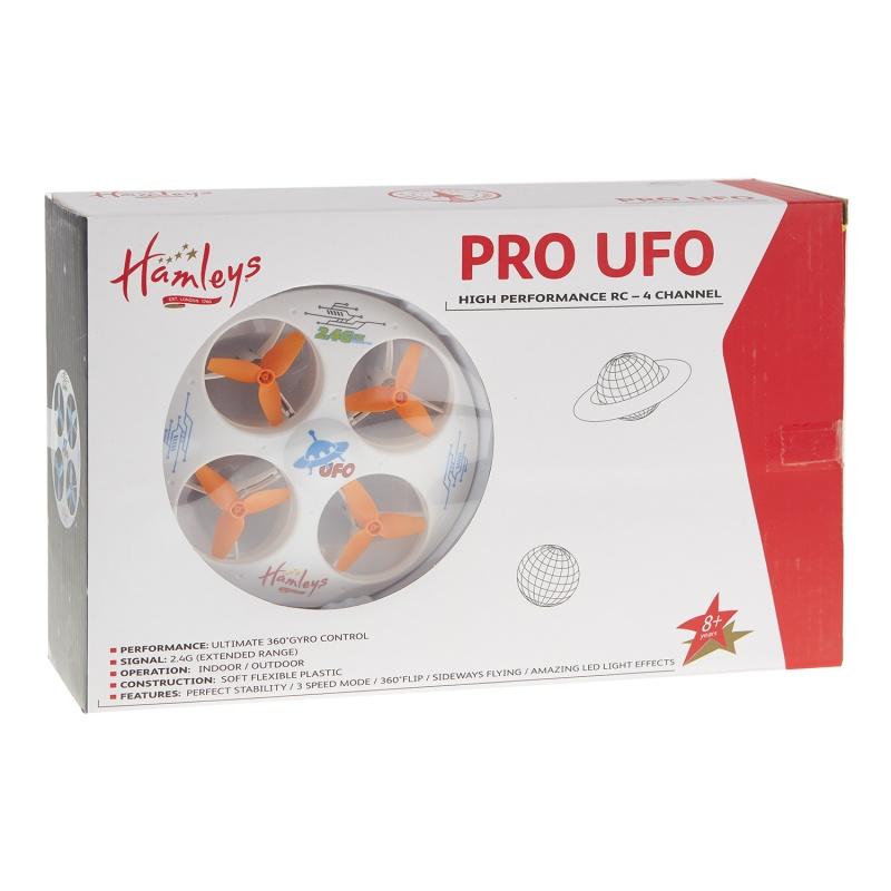 Р/У летающая тарелка UFOУвлекательная игрушечная радиоуправляемая летающая тарелка UFO изготовленная из мягкого гибкого пластика свободно парит в воздухе и перемещается в разных направлениях. Двигая пальцами джойстиком, вы задаете нужную сторону полета: вверх или вниз, влево или вправо. Это еще не все, что умеет эта интересная конструкция. Вращения на 360 градусов, мягкое скольжение, три режима скорости. Задействуйте четыре турбины и навыки управления, чтобы устроить настоящее инопланетное аэрошоу! От этой игрушки невозможно оторваться не только детям в возрасте от восьми лет, но и взрослым. Поднимать в воздух это инопланетное устройство можно как на открытой уличной площадке, так и в просторном помещении. Как только наступит вечер или вы выключите свет, вы обнаружите, как эффектно выглядит светящаяся огнями радиоуправляемая летающая тарелка UFO. Эта модель станет отличным подарком для подростка любого возраста. Она сделана из качественных и безопасных материалов. Приобрести товар можно на прилавках фирменного магазина Hamleys в Москве и Санкт-Петербурге либо заказать бесплатную доставку через официальный сайт.<br>
