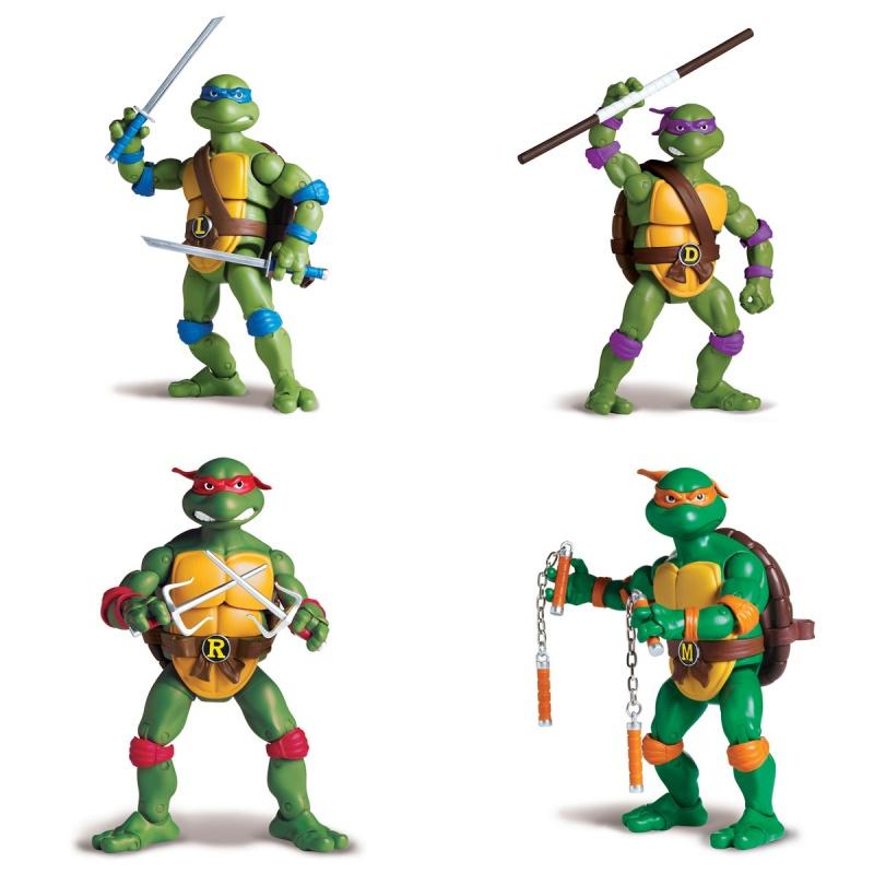 Фигурка Черепашки Ниндзя - Классическая серия, 15 смВысокодетализированные фигурки знаменитой команды Черепашек-ниндзя изготовлены из прочного пластика насыщенных аутентичных цветов. Игрушечные персонажи созданы на основе макетов оригинального мультика 1987 года, поэтому они с полным правом называются классическими.Черепашки невероятно подвижны — в каждой фигурке имеется 37 элементов, соединенных специальными шарнирами, поэтому число поз, которые можно придать любимым героям не поддается счету, а игра становится весьма разнообразной и увлекательной. Каждая из фигурок укомплектована личным оружием, а также коллекционным люком, который можно использовать как подставку.Внимание! Товар представлен в ассортименте. Цена за 1 шт. В комментарии к заказу укажите желаемую черепашку: Леонардо / Донателло / Рафаэль / Микеланджело.от 3 летГерой: Черепашки Ниндзя / TMNTДля мальчиковКомплектация: черепашка, оружие, люк-подставка.Материалы: высококачественная пластмасса.Размер упаковки: 19 х 7.5 х 30.5 см.Высота фигурки: 15 см.<br>