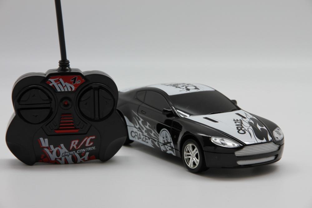BALBI RCS-2401 A Автомобиль м. 1:24 черный balbi rcs 2001b