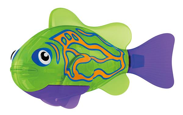 Тропическая РобоРыбка МандаринкаИнновационная высокотехнологичная игрушка. Активируется в воде. Имитирует движения и повадки рыбы. Электромагнитный мотор позволяет рыбке двигаться в 5 направлениях. При погружении в аквариум или другую емкость с водой, РобоРыбка начинает плавать, опускаясь ко дну и поднимаясь к поверхности воды. Игрушка работает от двух алкалиновых батареек А76 или RL44, которые входят в комплект (две установлены в игрушку и 2 запасные).<br>