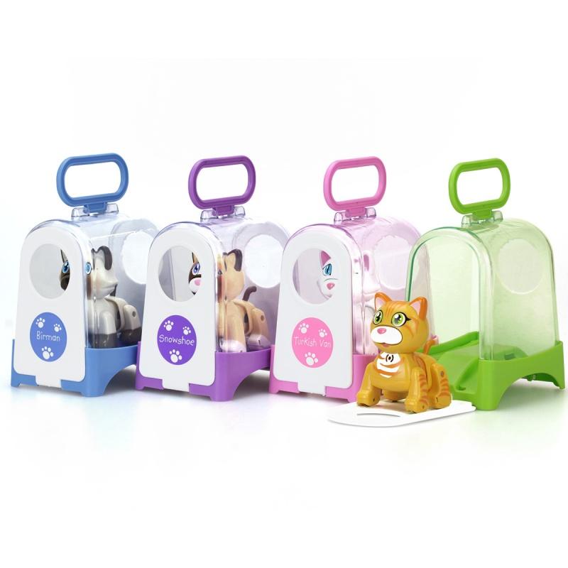 Котенок в переноскеИнтерактивная игрушка серии DigiFriends от торговой марки Silverlit представляет собой милого робота-котенка в переноске, оснащенного звуковыми эффектами. Животное также ходит как назад, так и вперед, при этом исполняя одну из 15 песенок. Задняя часть игрушки и спинка животного тоже движутся, имитируя походку настоящей кошки.Чтобы активировать робота, нужно погладить котенка, похлопать в ладоши или засвистеть. У котенка есть своя яркая переноска с прозрачными стенками и дверцей, которую можно полностью открыть<br>