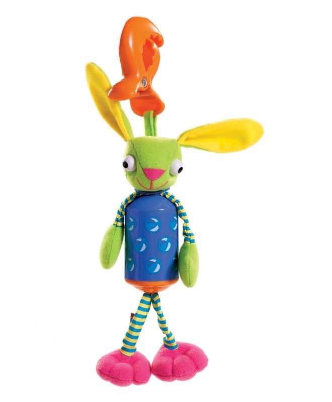 Развивающая игрушка Колокольчик Зайчик«Колокольчик Зайчик» с легкостью крепится на детскую коляску, кроватку или автомобильное кресло. Малыш сможет использовать ее в качестве погремушки, ведь внутри изделия располагается самый настоящий колокольчик. На ощупь игрушка очень приятна, поэтому игра с ней развивает осязательные способности ребенка.Возраст: любой возрастДля мальчиков и девочекМатериалы: пластик, текстиль с набивкой синтетическим волокном.Размер игрушки: 20 х 5 х 4.5 см.<br>