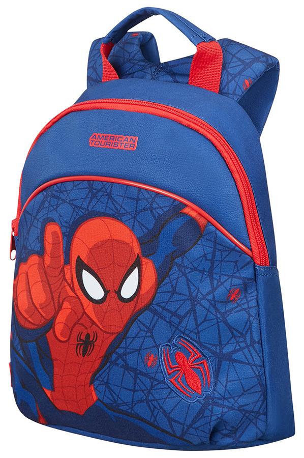 Рюкзак Disney NEW WonderРюкзак Disney NEW Wonder станет отличным подарком для юного школьника. Яркий красочный принт понравится вашему малышу, а прочные и надежные материалы позволят пользоваться изделием долгое время. Благодаря специальным твердым вставкам рюкзак держит форму и равномерно распределяет нагрузку. Мягкий наполнитель внутри лямок снижает давление на плечи. Эти элементы позволяют правильно распределять вес рюкзака, снижая негативное воздействие на опорно-двигательный аппарат.Прочность и надежностьПредставленная модель изготавливается из качественного полиэстера. Этот материал отличается хорошей сопротивляемостью износу и нежелательным внешним воздействиям. Это способствует долгому сроку службы и надежной защите содержимого рюкзака.Как купить и оплатить заказ?Приобрести понравившийся рюкзак вы можете в наших розничных магазинах в Москве и Санкт-Петербурге. Оплата возможна как наличными, так и пластиковой картой. Для жителей других регионов мы организовали быструю доставку с оплатой наложенным платежом.<br>